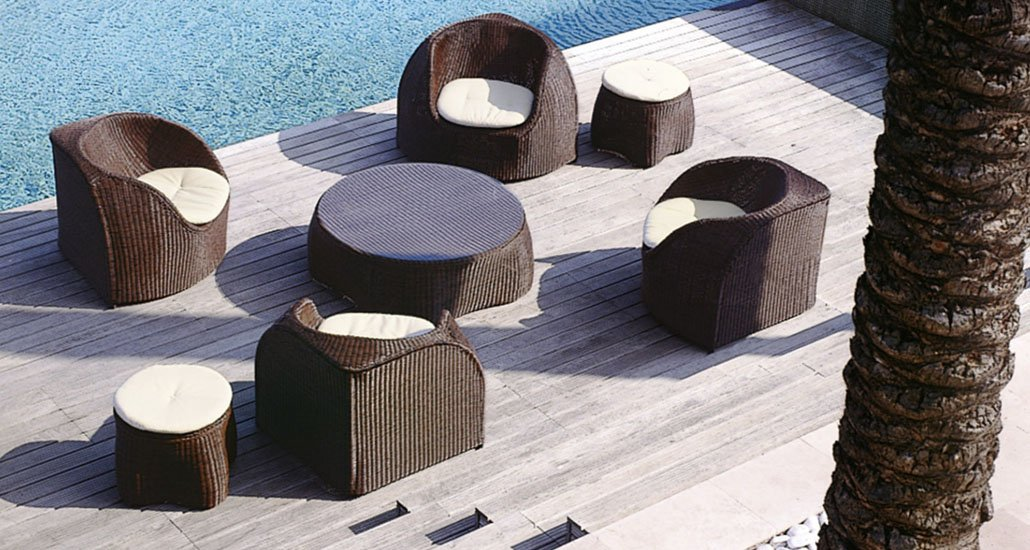 Wicker-patio-furniture-garden-furniture