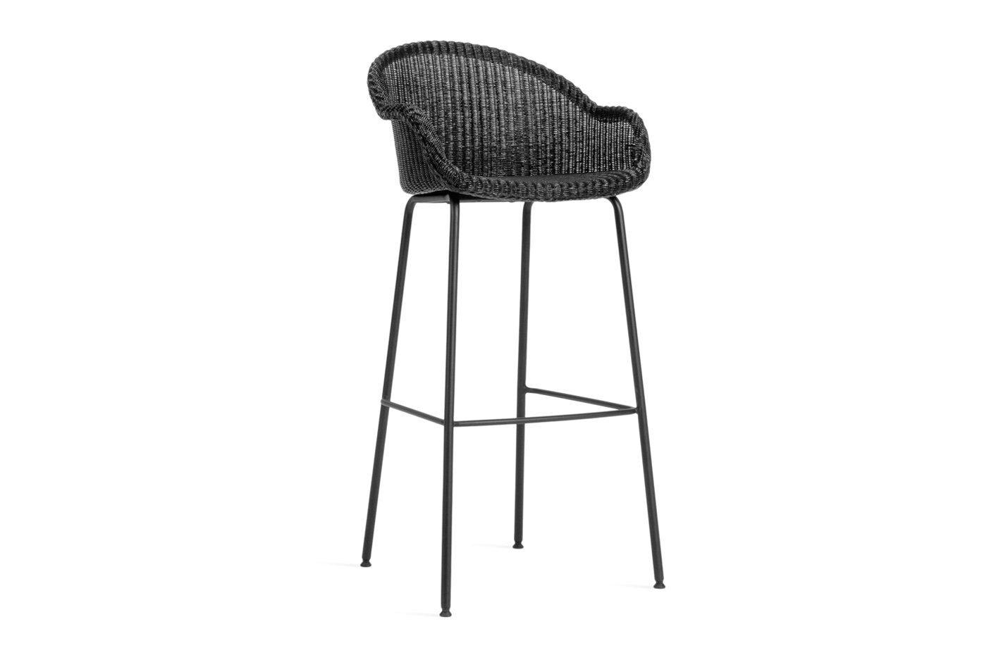 Avril-bar-stool-steel-base-01