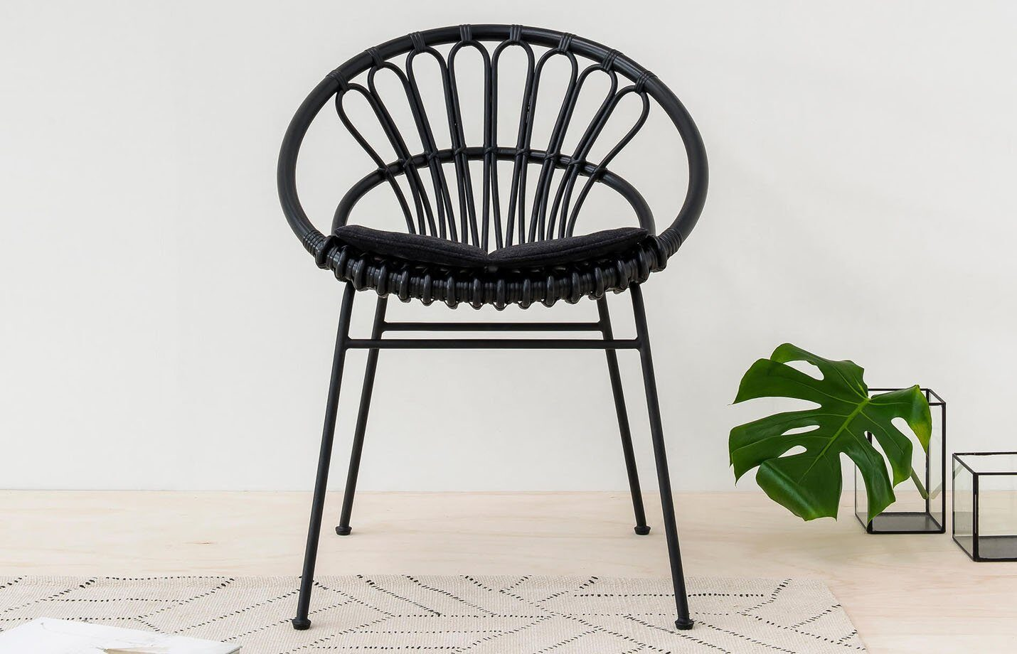 Cruz-Kiki-dining-chair-Rattan-with-metal-base-LS03