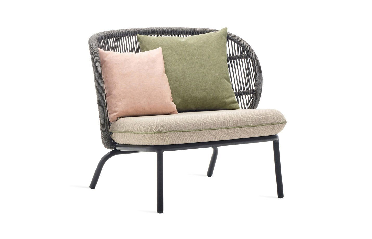 Kodo-mid-back-lounge-chair-outdoor-01