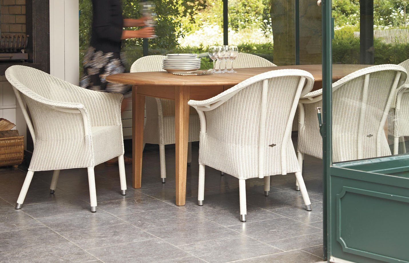 Victor-dining-armchair-LS01