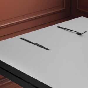 Geronimo-square-dining-Table-LS04