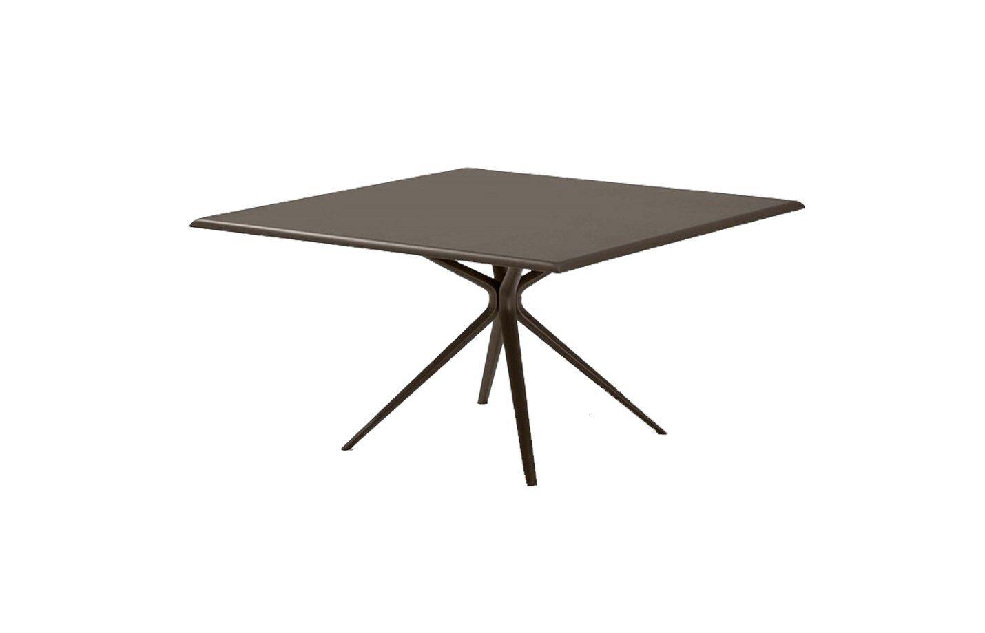 Moai-Square-aluminium-dining-table-outdoor
