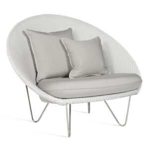 joe-lounge-chair-matt-base